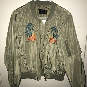 Forever 21 Hawaii tropical bomber jacket